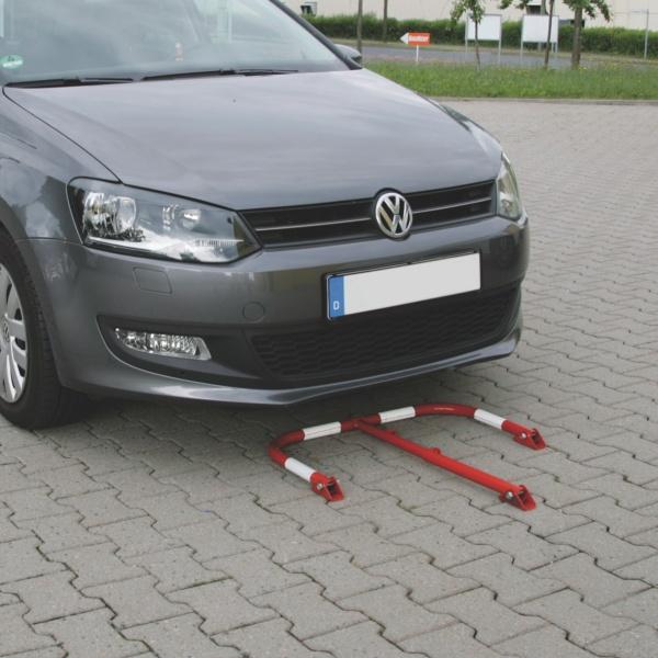 Пример применения парковочного складного барьера М-типа