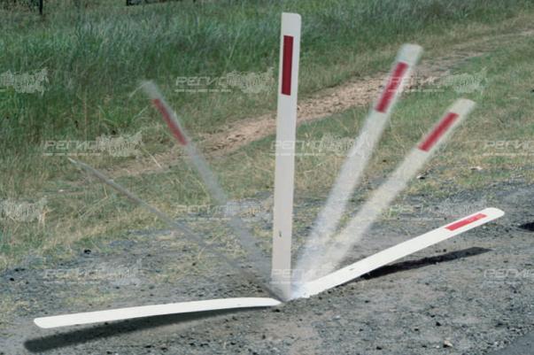 Демонстрация работы столбика сигнального дорожного стилфлекс