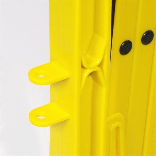 Ответная часть крепления на раздвижном ограждении на колесах желтый забор